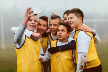 Voetbaljongens Maken Selfie