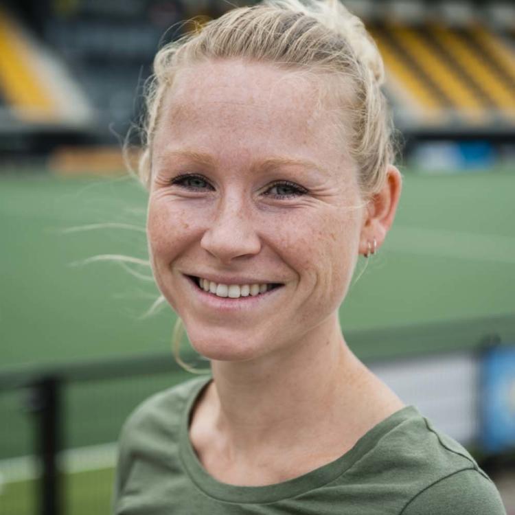 Anne Veenstra