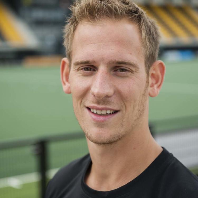 Piet Adams