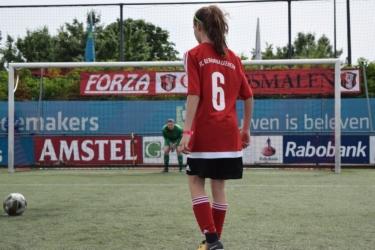 Voetbal meiden