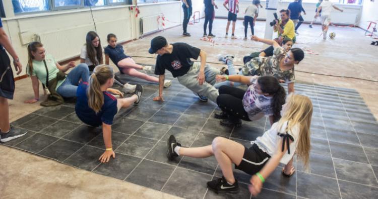 Geslaagd openingsfeest Jongerencentrum Zuid-Oost