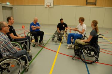 Rolstoelvaardigheid en zelfvertrouwen hand in hand bij cursus Uniek Sporten