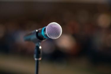 Public speaking 3926344 1280
